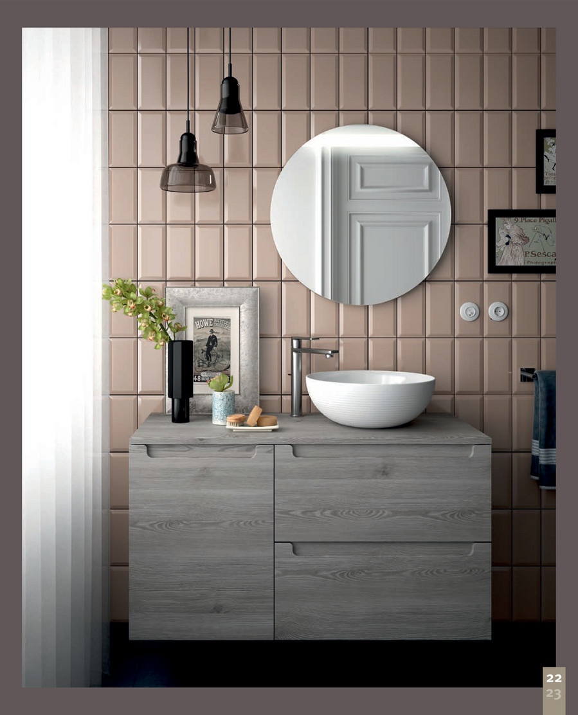Salgar Bathroom Furniture - Image of Bathroom and Closet
